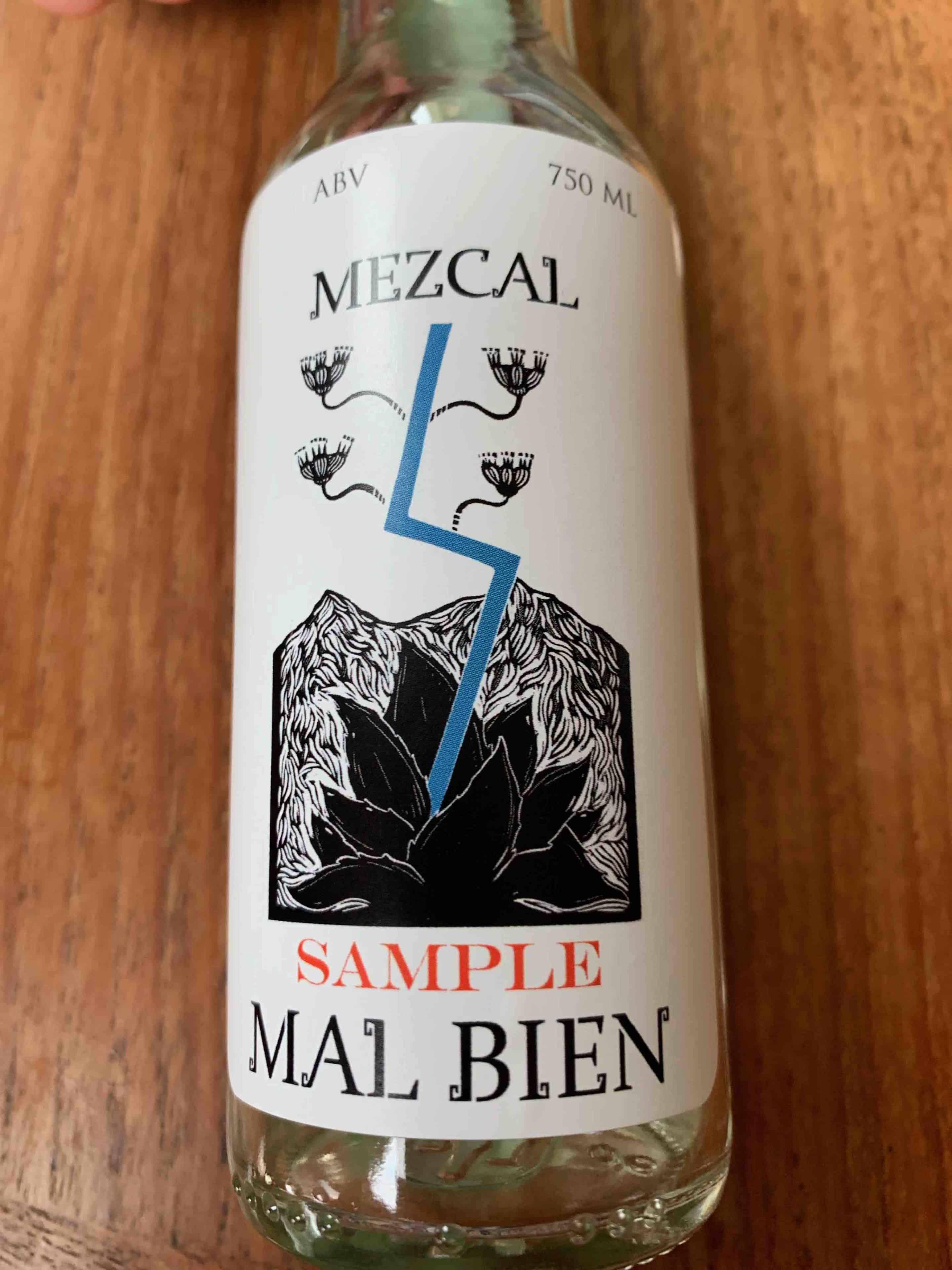Mezcal Mal Bien bottle